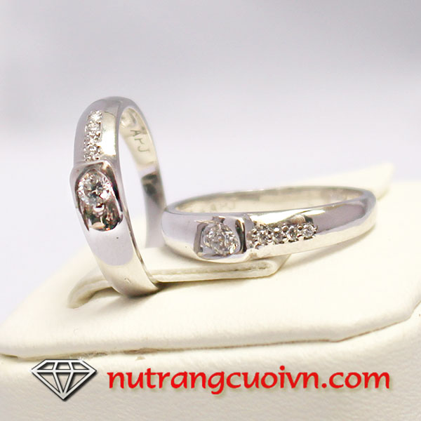 Nhẫn cưới bachj kim đẹp