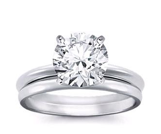 Đặt mua nhẫn cầu hôn dựa trên sở thích của bạn gái