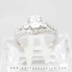 Nhẫn đính hôn NUN19