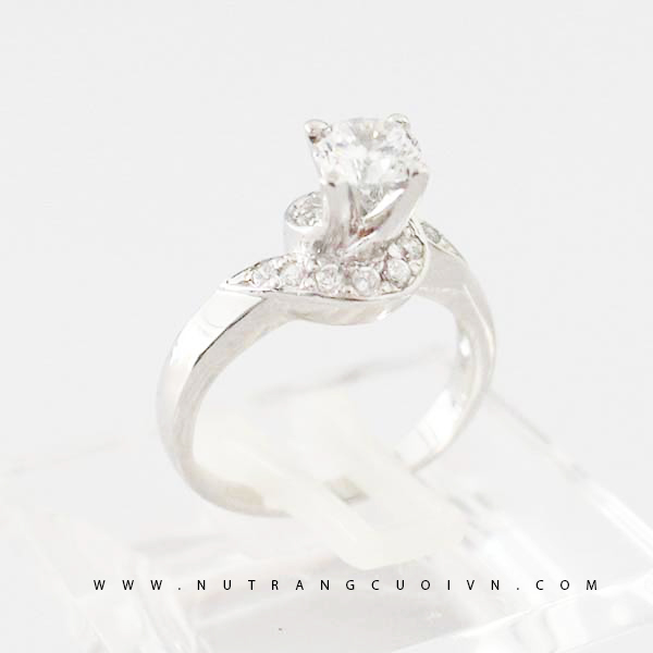 Engagement ring NLF49