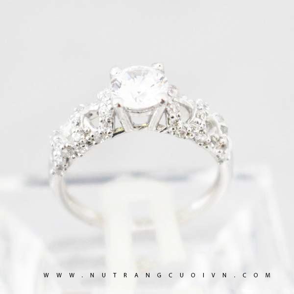 Nhẫn đính hôn NUN15