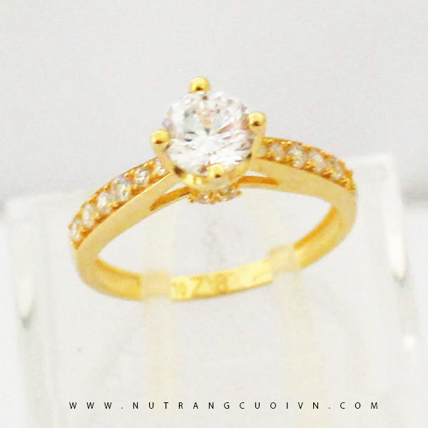 Nhẫn đính hôn NUN79