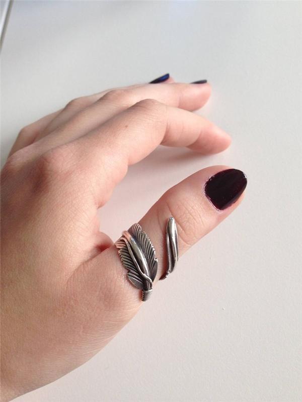 Kết quả hình ảnh cho nên đeo nhẫn ngón nào