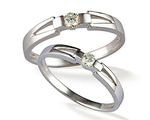 Nhẫn cưới đẹp với những viên đá nhỏ