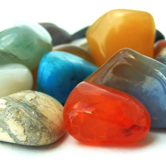 Tại sao phải chọn đá phong thủy phù hợp với cung mạng