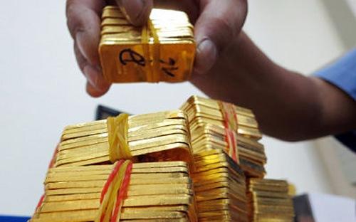 Giá vàng tiếp tục đi xuống