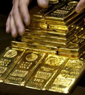 Giá vàng thế giới tiếp đà rơi
