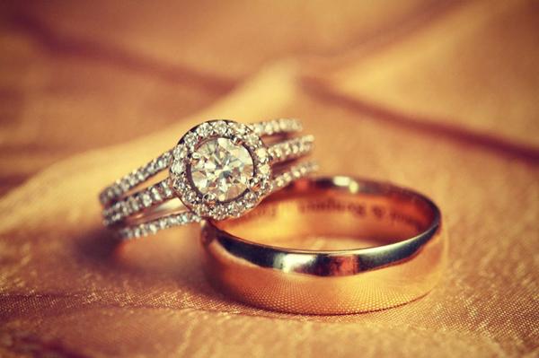 Lựa chọn chất liệu nhẫn đính hôn và nhẫn cưới đẹp