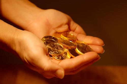 Trung Quốc tăng tiêu thụ vàng, giá tăng vọt