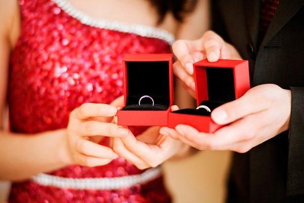 4 bí quyết vàng để mua nhẫn cưới vừa đẹp, vừa tiết kiệm