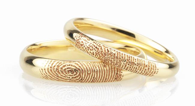 Gợi ý khắc chữ lên nhẫn cưới.