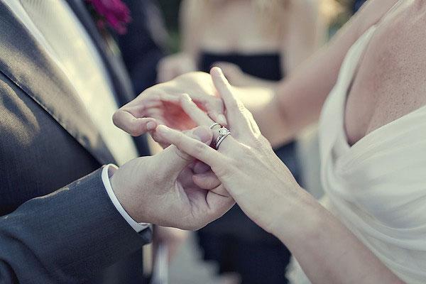 Nên hay không nên sửa nhẫn cưới trước lễ cưới