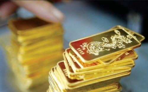 Vàng trong nước tăng mạnh theo giá vàng thế giới