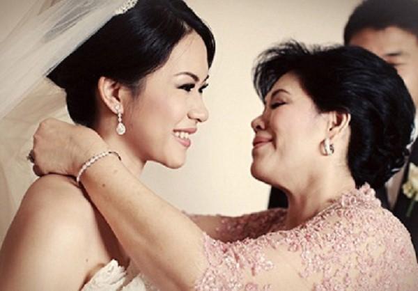 Trang sức cưới là biểu trưng cho những nguyện ước tốt lành